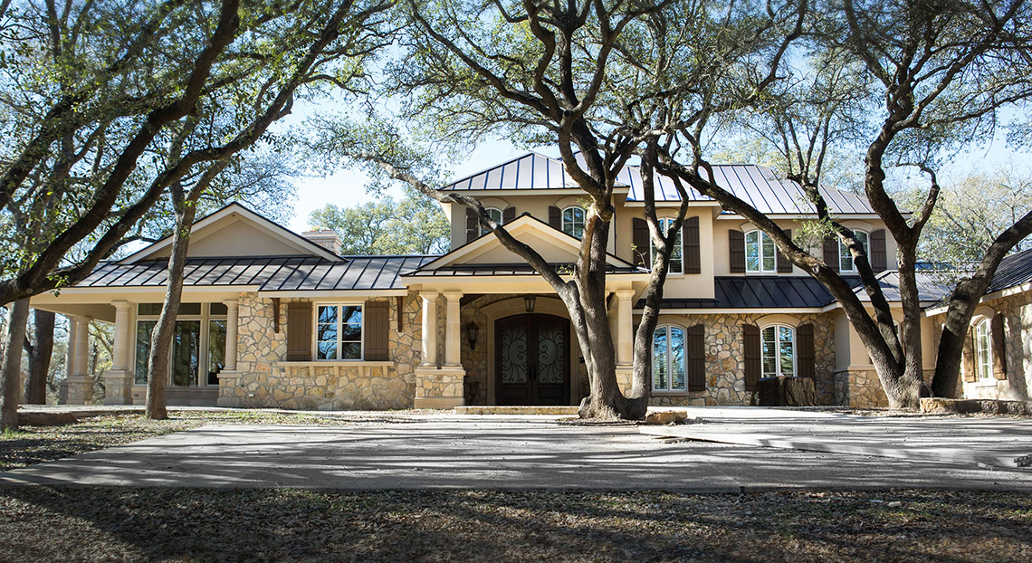Guest Roofing Waco - Residential Roofing Services - Custom Metal Roof