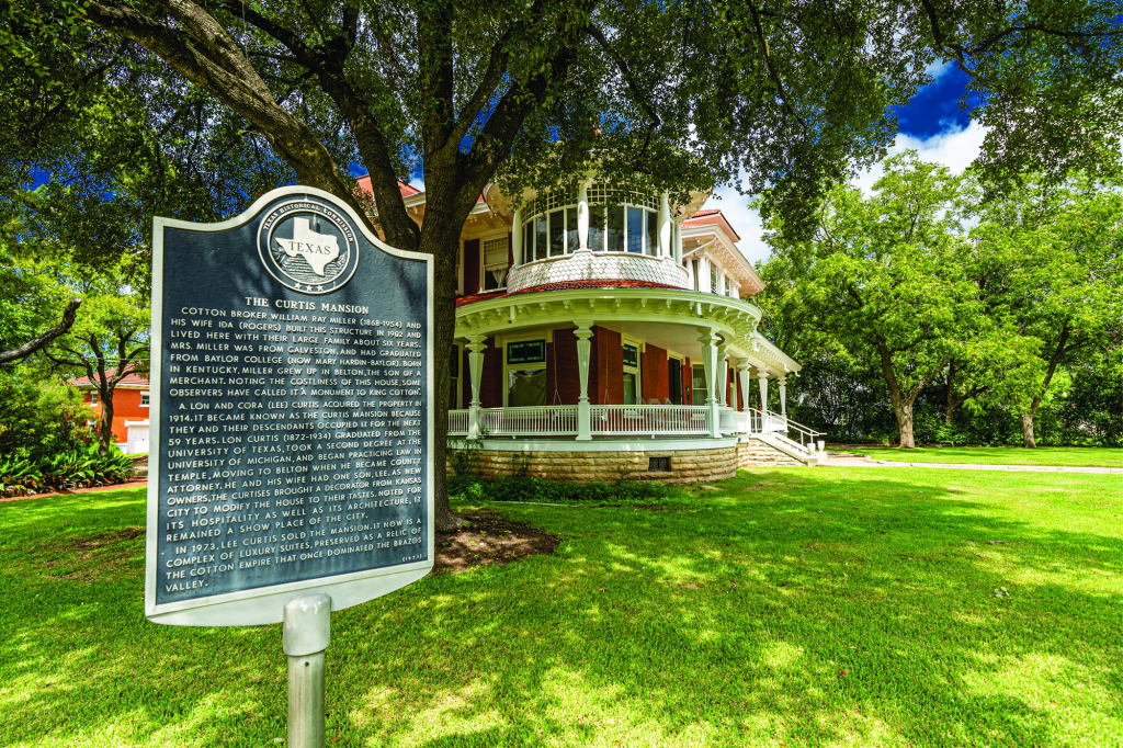 Residential Roofing - Historic Home Waco, Texas